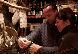 The producers and local craftsmen of Saint-Lary, in Pyrenees