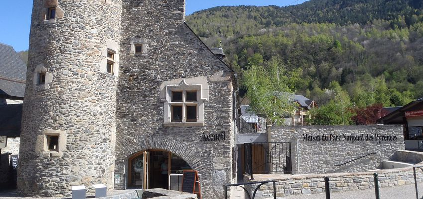 Tour Hachan of the National Park Centre of Pyrenees, Saint Lary