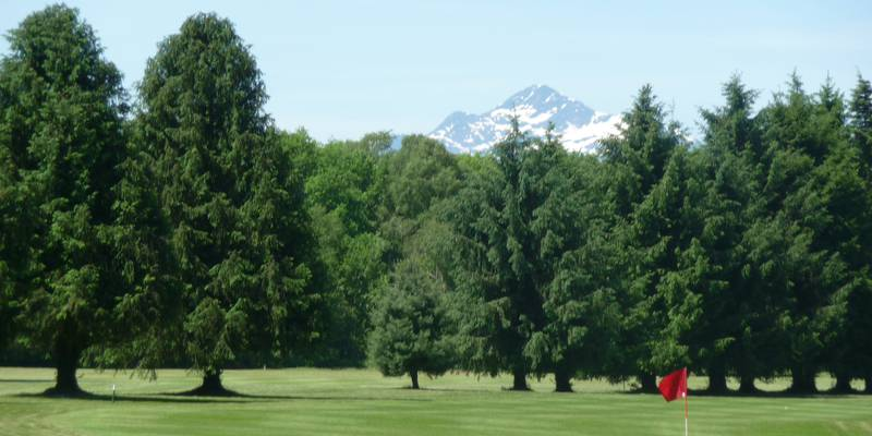 Golf in Lannemezan at 35 minutes of Saint-Lary