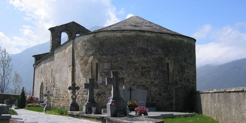 The cemetery of Ens, next to Saint Lary in Pyrenees